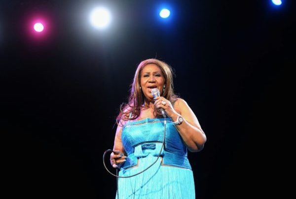 Aretha Franklin dies of cancer at 76