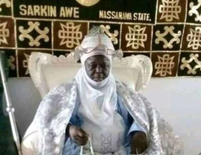 Emir Abubakar Umar II was well loved –Buhari