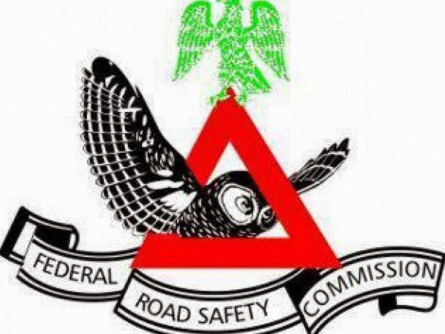 5 die, 14 injured in auto crash along Abeokuta-Ibadan Expressway