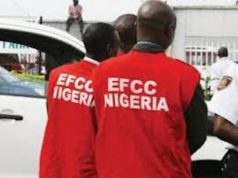 EFCC raids Zamfara INEC office, recovers 4 'Ghana-must-go' bags