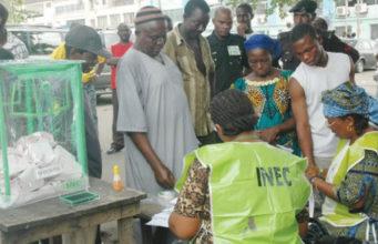 2019: Nigerians vote for governors, legislators