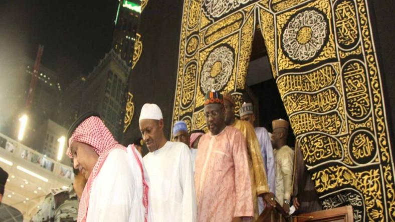 Banditry: Zamfara governor, Yari joins Buhari in Makkah to pray for peace