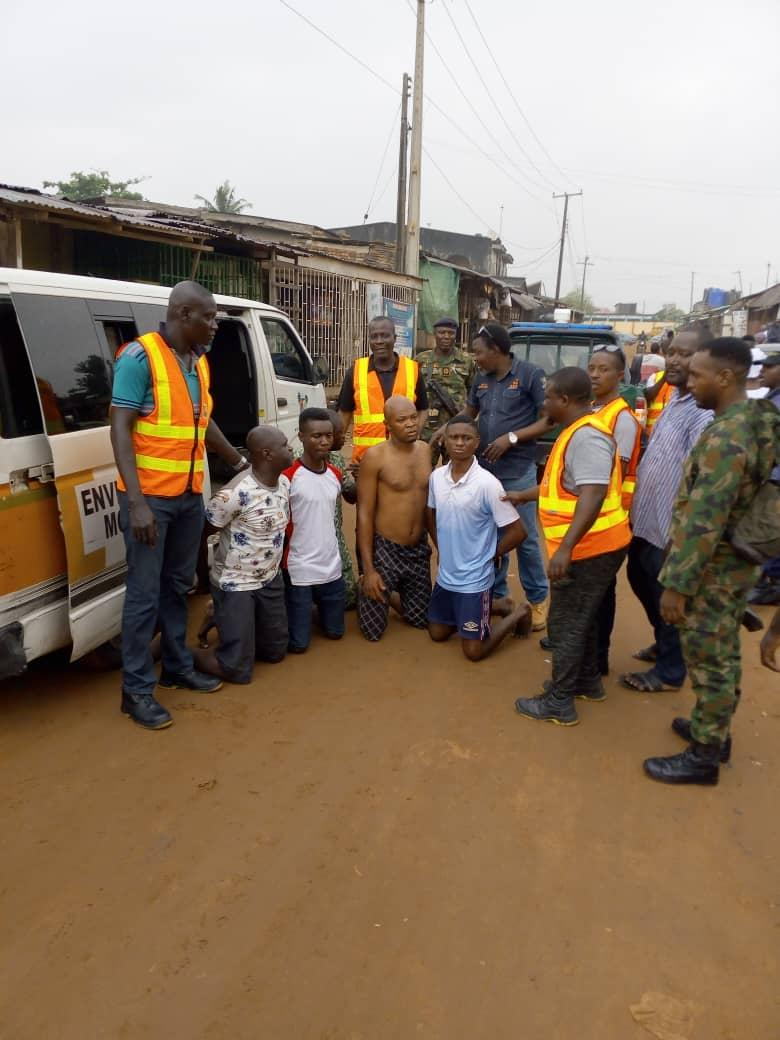 Lagos: Parents arrested over children's dumping of refuse in canals