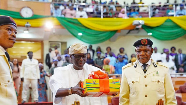 Lagos: Sanwo-Olu presents N1.168 trillion 2020 budget