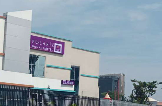 Polaris Bank excaPolaris Bank bags CBN's consumer protection awardites customers, shoppers with yuletide gifts