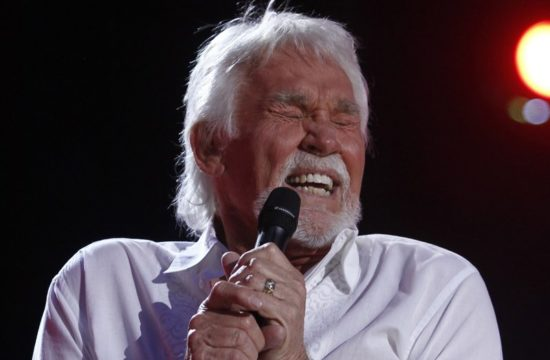 Country music legend Kenny Rogers dies at age 81