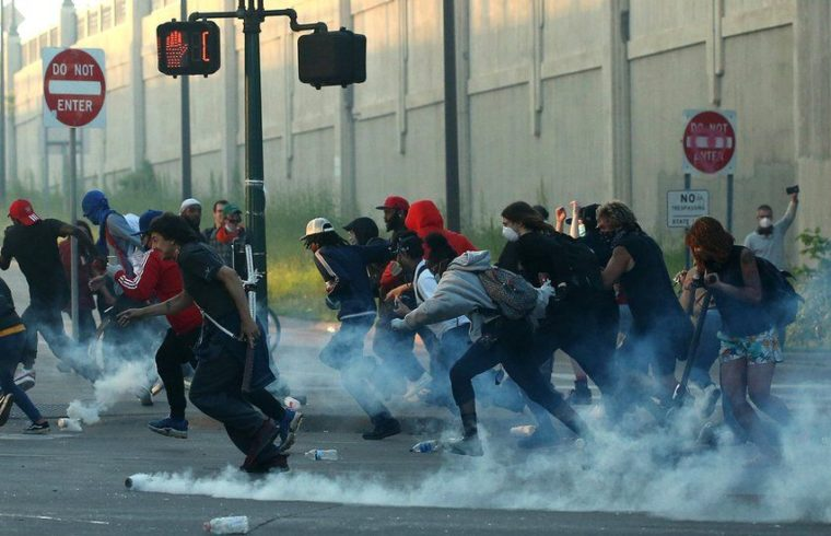 George Floyd death: Clashes across US as protesters demand justice