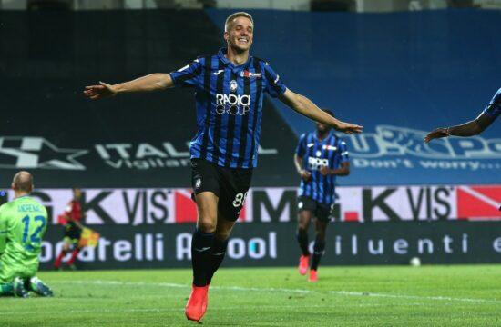 Atalanta whip Brescia 6-2 to go second in Serie A