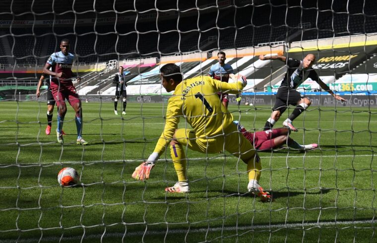 Newcastle United bounce back to draw with West Ham