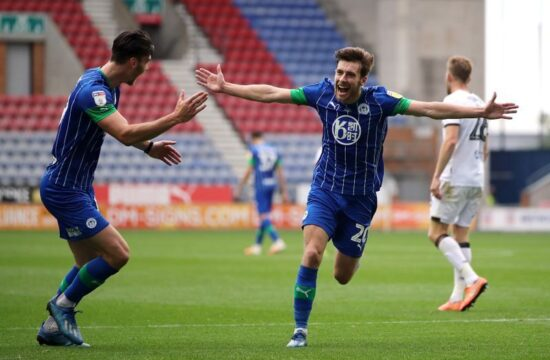 Wigan thrash struggling Hull 8-0, West Brom draw with Fulham