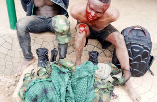 Ogun: Two suspected fake soldiers mobbed, arrested