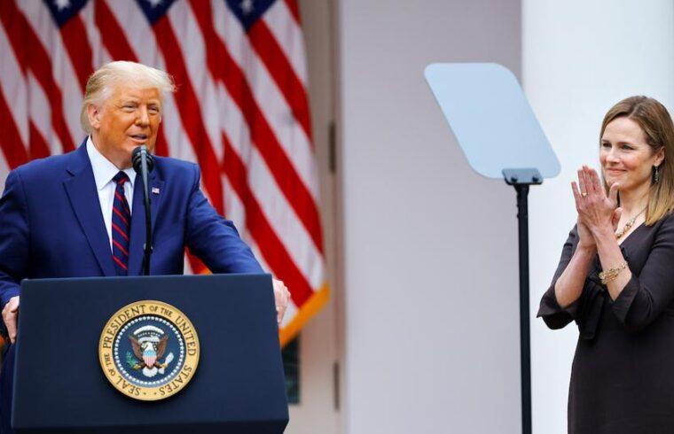 Democrats kick as U.S. Senate confirms Trump's Supreme Court nominee